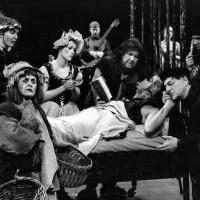 Don-Quichotte – Théâtre Il va sans dire – TNM (1998). Photo © Roland Lorente